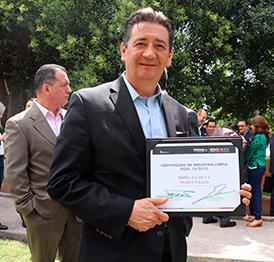 """Reconocen a seis centros de trabajo de Grupo Bimbo con el certificado de """"Industria Limpia"""""""